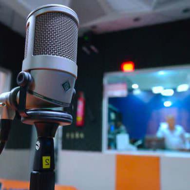 Abogados de Debelare Madrid en Magazine Mundo Noticias de Radio Internacional.