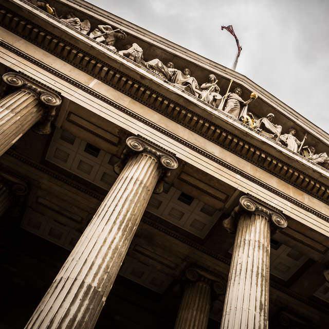 Cómo los abogados matrimonialistas están ahí para activar una demanda de ejecución de sentencia, si fuera necesario.