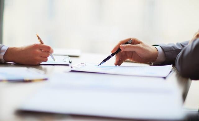 Tu abogado de familia te dirá si cumples los requisitos para solicitar la modificación de medidas.