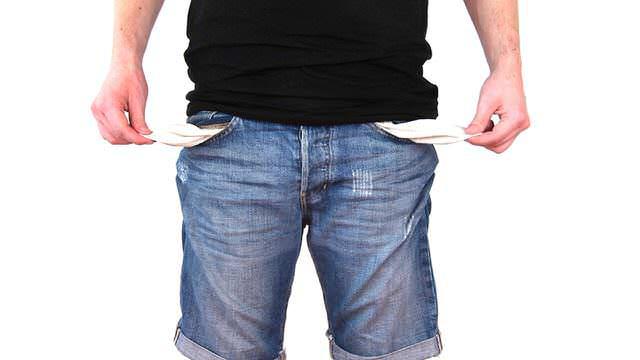 Una modificación de medidas relativas a la pensión de alimentos puede estar motivada por un descenso significativo en los ingresos del progenitor que la paga.