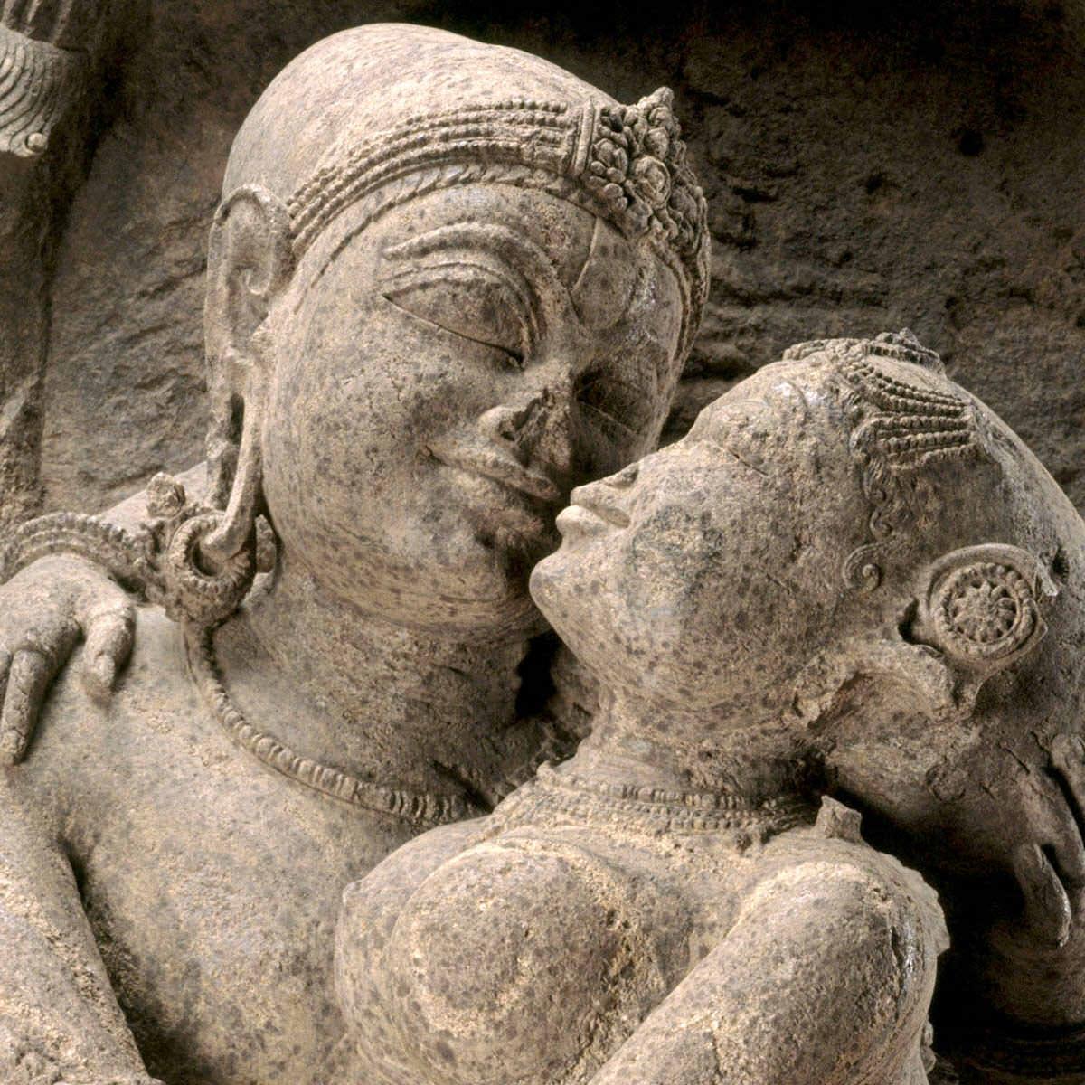 La «restitución» como uno de los efectos principales de la nulidad de las capitulaciones matrimoniales.