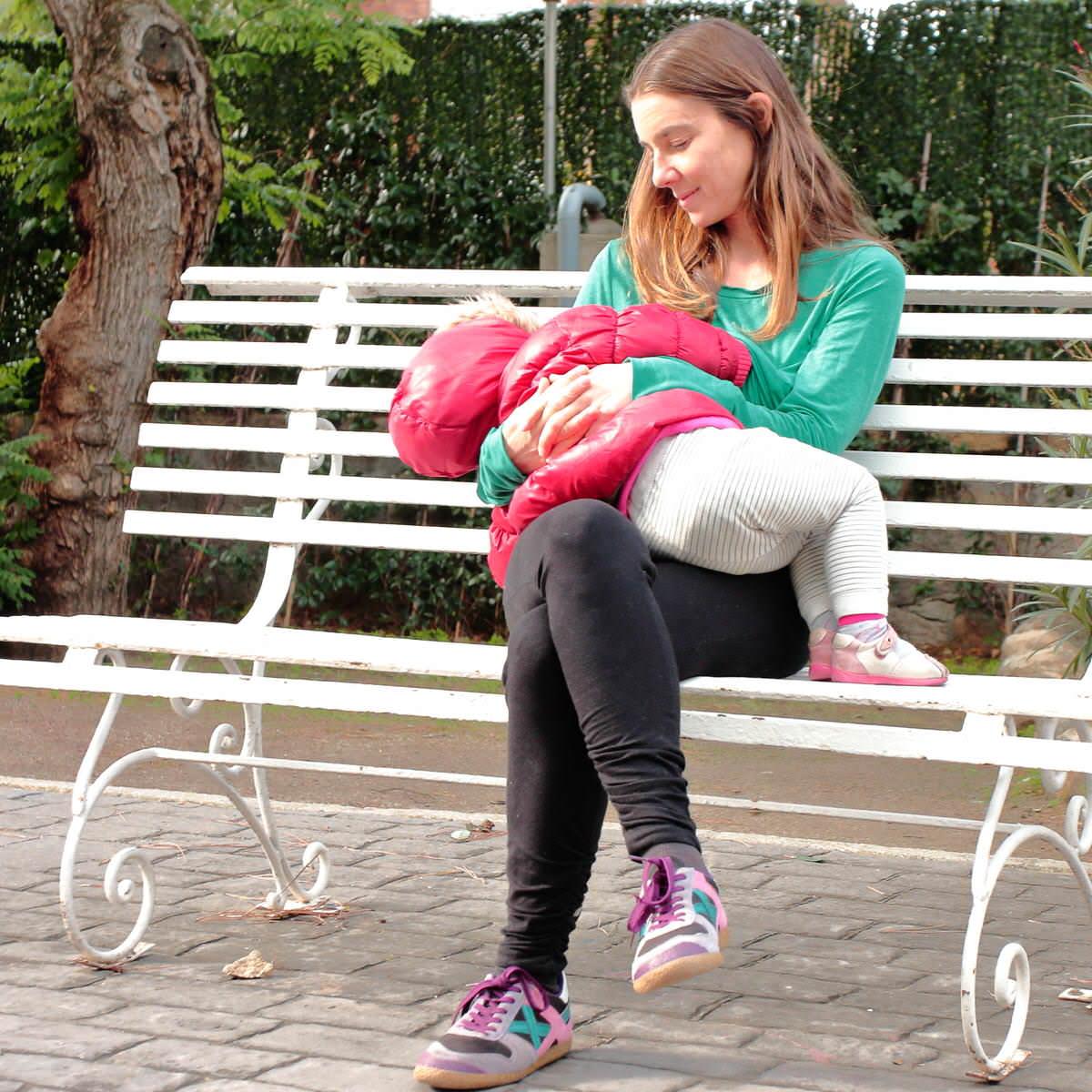La ley electoral española considera impedimento para ejercer como vocales de mesa a aquellas madres con bebés de hasta 9 meses y que sean lactantes.